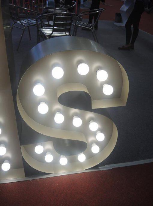 chữ inox gắn đèn 3w